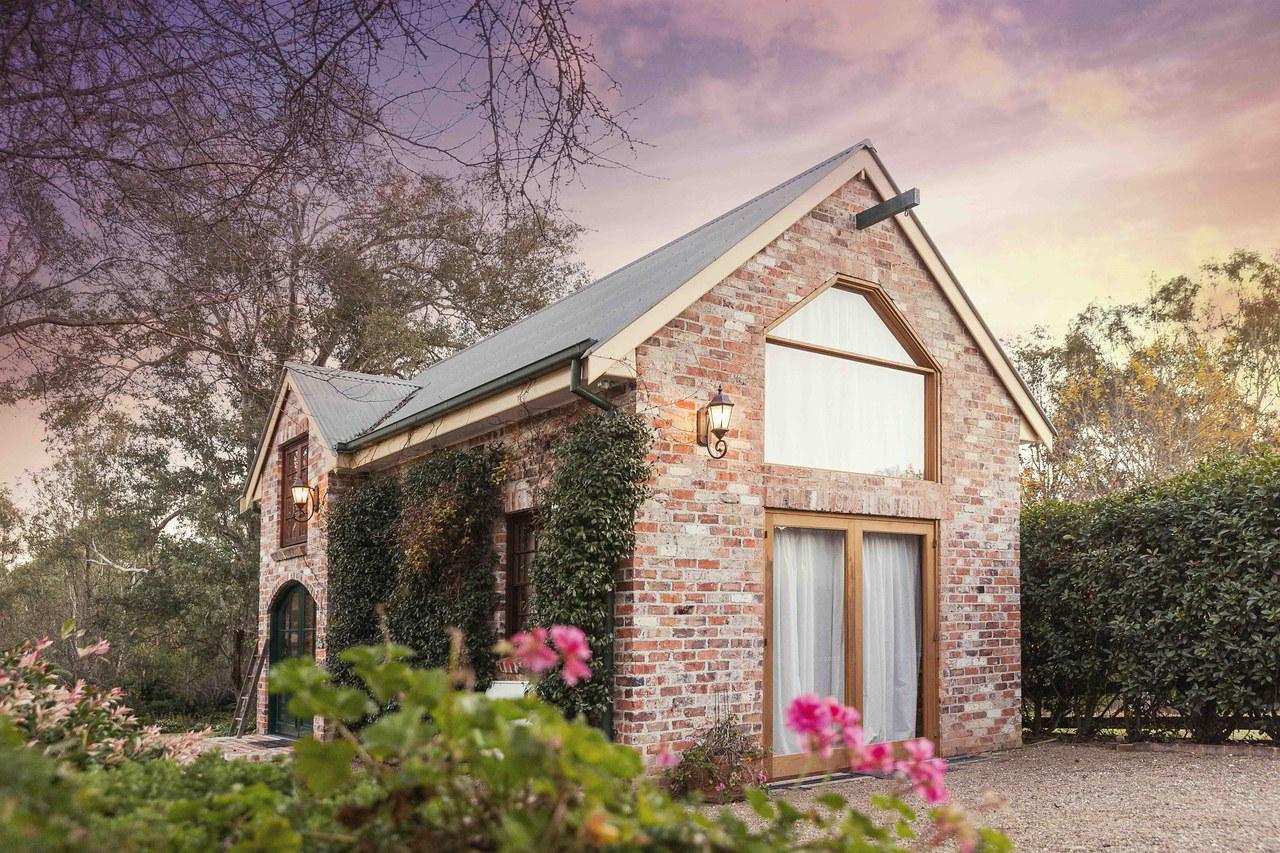 The Studio @ Howe Studios Photography, Wallacia, Sydney