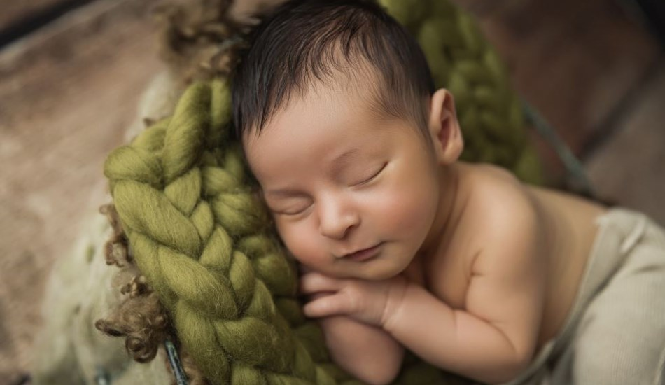 Newborn Photography by Howe Studios, Wallacia, Sydney